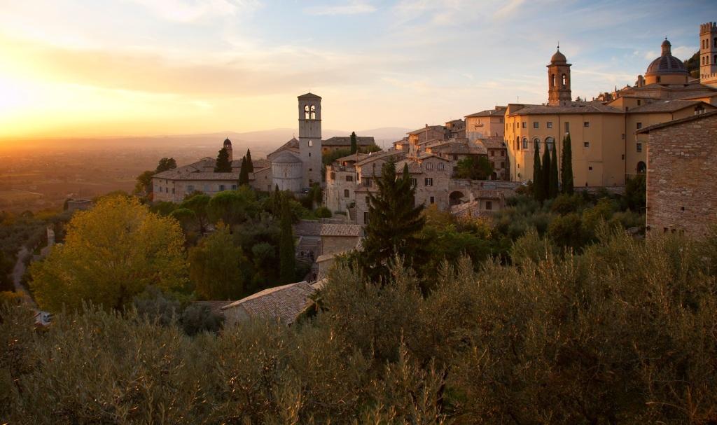 Verhuizen naar Umbrie Italie met Strang verhuizingen